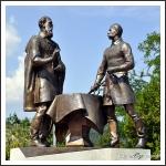 Móga és Batthyány a sukorói haditanácson  (Nagy Benedek szobra)