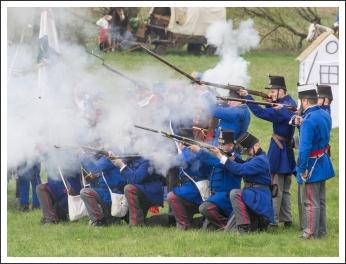 Csatabemutató Boldogon (fotó: Pető István)
